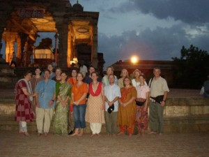 SUMMER 2003 Exploring the Cultures and Social Issues of Contemporary South India